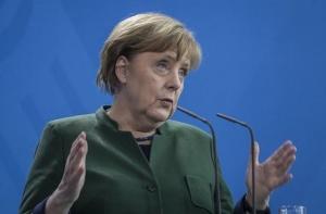 Германският канцлер Ангела Меркел е предложила временно излизане на Гърция