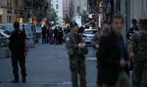 13 са ранените при взрива на пешеходна улица в Лион.