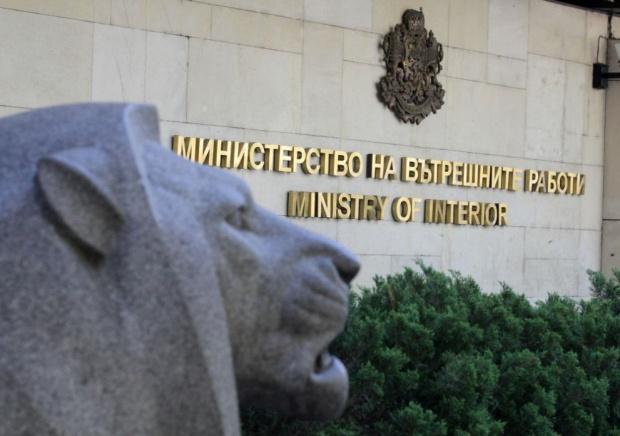 Въоръжените сили няма да участват в операции на МВР