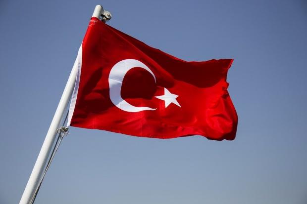 Свлачище помете 53 сгради и джамия в Турция