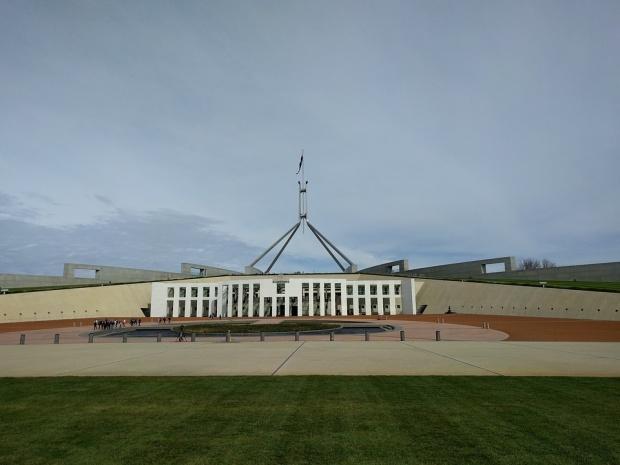 Управляващите в Австралия няма да имат трети мандат, опозицията печели изборите