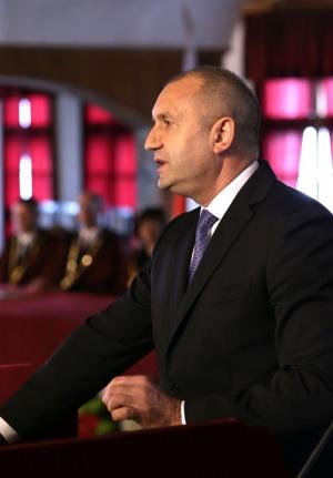 Президентът Румен Радевпоздрави днеспредставителите на мюсюлманското изповедание в България по