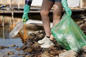 1500 тона пластмаса попадат в река Дунав всяка година. Средно