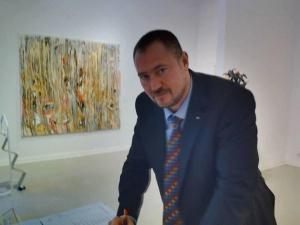Бившият шеф на ДАБЧ Петър Харалампиев излиза от ареста срещу