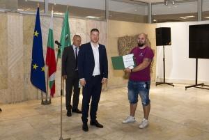 Снимка: Наградиха доброволците помагали за справяне с последиците от бурята в Стара Загора