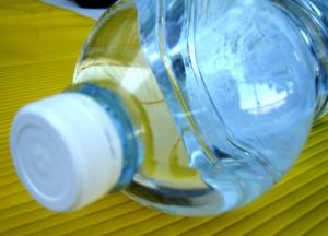 Заради кризата с питейната вода и обявеното на 10 юни