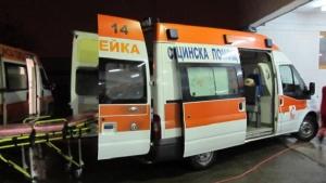 Снимка: Катастрофа с микробус, превозващ деца, в Ловешко