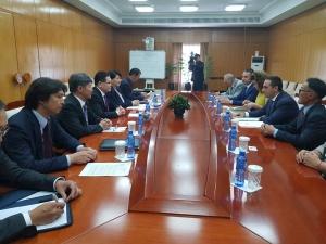 Министърът на икономиката Емил Караниколов се срещна с вицепремиера на