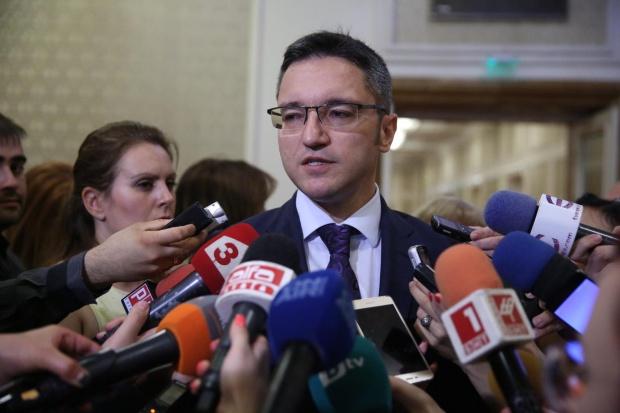Кристиан Вигенин: Изборните резултати не предполагат оставка на Нинова