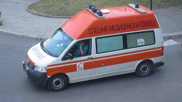 Загинал и четирима ранени при катастрофа с полицейски автомобил