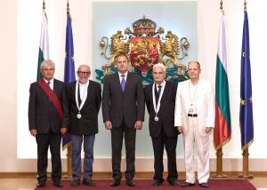 """Президентът Румен Радев връчи на церемония на """"Дондуков"""" 2 висши"""