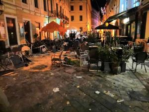 Снимка: Върлите ултрасисе биха с 2 вражески агитки в Братислава