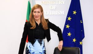 Туристическият бранш е предложил на срещата си с министър Николина