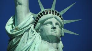 Съединените щати започнаха серия операции срещу нелегални имигранти. Властите задържат