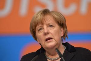 Ангела Меркел е лидер на Християндемократическия съюз (ХДС) от 2000