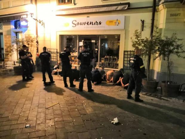 Посланикът ни в Словакия: Феновете на Левски са освободени, те са били нападнати (СНИМКИ)