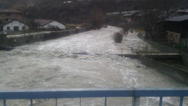 МВнР: Нови бури през уикенда се очакват в Гърция