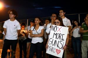 20 души са убити при стрелба в търговски център американския