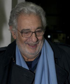 Осем жени обвиниха испанския оперен певец Пласидо Доминго в сексуално