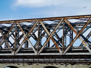 Тя не е загубила живота си на онзи мост, но