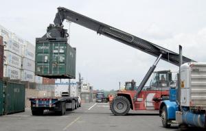 Китай обяви мита върху вносни американски стоки на стойност 75