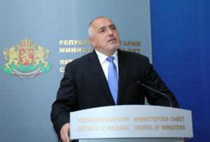 Премиерът Бойко Борисов седна зад волана за поредната лична инспекция