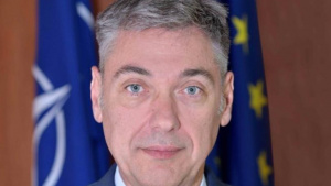 Премиерът Бойко Борисов назначи Петко Дойков за заместник-министър на външните