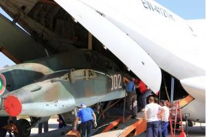 Първият от общо осем самолета Су-25 с регистрационен знак 002