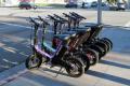 Европа се опитва да намери решение на проблемите с електрическите скутери