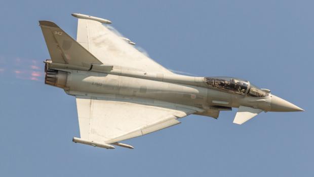 ВВС на Великобритания са прихванали руски самолети