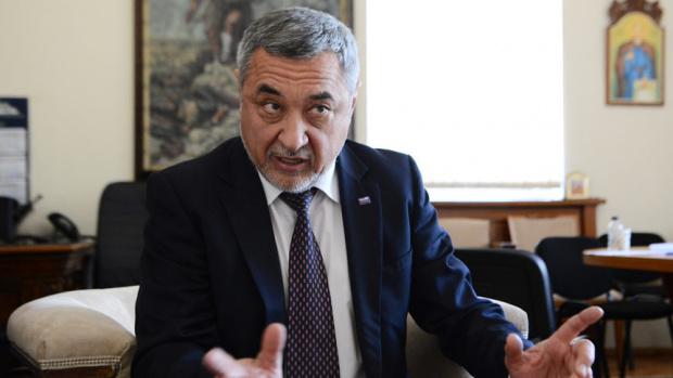 Симеонов: Май се разделяме с ГЕРБ, страната е в политико-икономическа криза