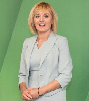 Снимка: Манолова: Отдавна казах, че кметската надпревара за София ще е мръсна