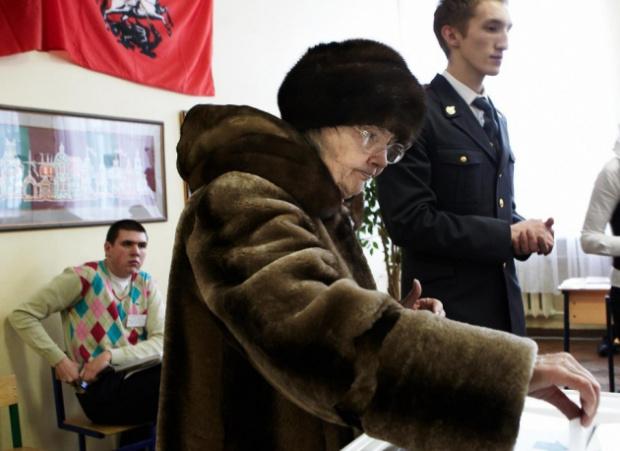 Днес руснаците излизат на избори след лятото изпъстрено с протести
