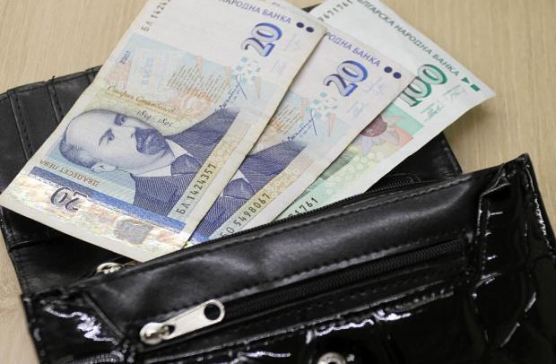 Във Второ районно управление на СДВР се съхраняват изгубени пари.