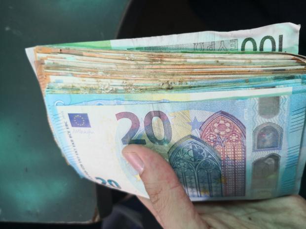 """Туркиня се опита да прекара €62 хил. пред """"Калотина"""""""