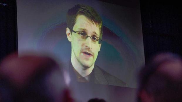 Едуард Сноудън иска гаранции за справедлив процес, за да се върне в Щатите