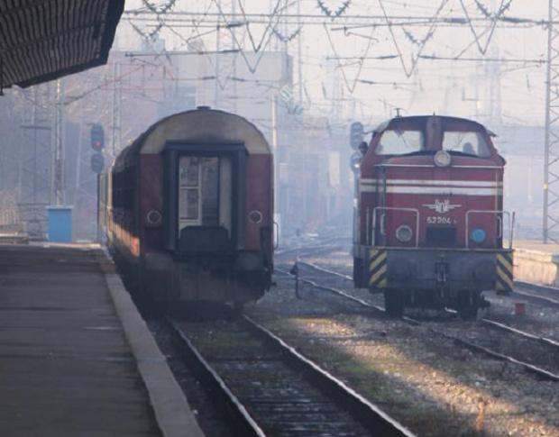 Снимка: БДЖ предоставя намаления за ученици и студенти при пътуване с влак