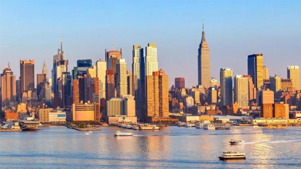 Огромни стени от пясък в Манхатън и Бруклин, дюни, издигащи