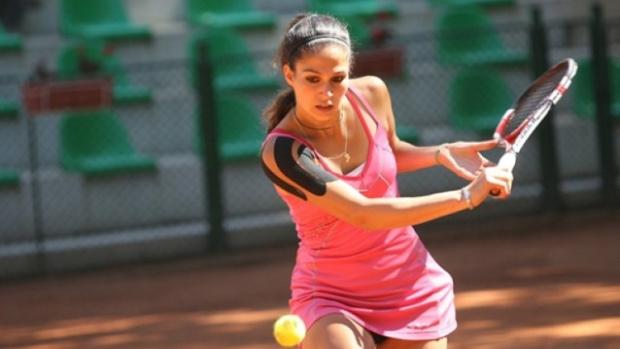 Наша секси тенисистка с голям успех в Португалия