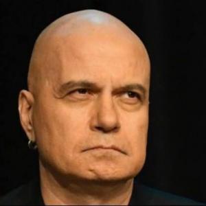 """Слави Трифонов вече маха хора от новата си партия  """"Нямa тaкaвa държaвa"""""""