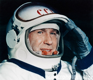 Почина Алексей Леонов - първият човек, излязъл в космоса