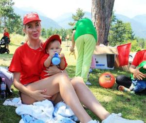 Антония Петрова-Батинкова лее жлъч към майки: Имате пършиви коси и сте дебели