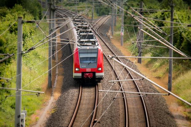 Снимка: БДЖ спря 14 влака