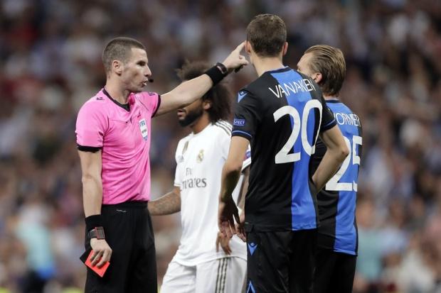 Бг съдии се поизложиха на Бернабеу, два пъти отменяха неправилно голове в мач на Реал в ШЛ