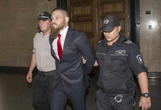 Българските власти трябва да разяснят какви са законовите основанияавстралиецът Джок