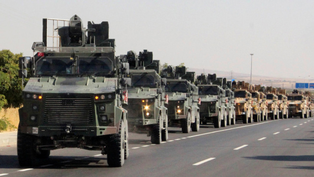 """Турският президент Ердоган обяви вчера началото на военната операция """"Мирна"""