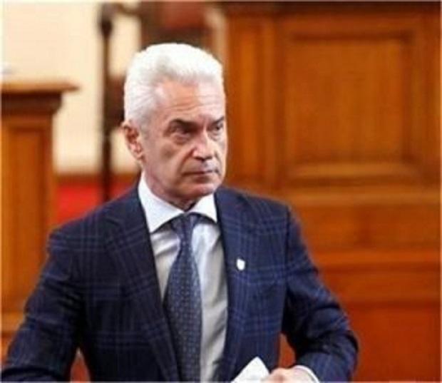 ВАС подкрепя Сидеров в спора му с Кошлуков (СНИМКА)