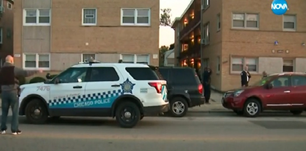 Жертвите на стрелбата в жилищна сграда в Чикаго станаха пет.
