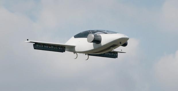Лилиум, прототип на летящо такси, е достигнал скорост над 100