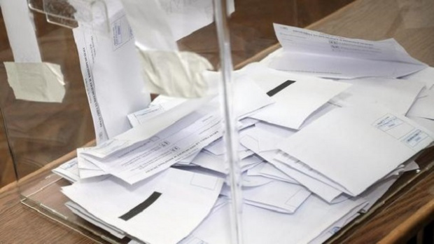 Снимка: София и Пловдив с най-голям брой кандидат-кметове